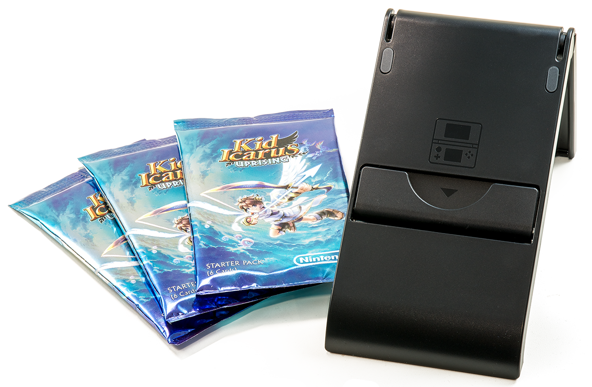 CI16_3DS_KidIcarus_CardsStand.png